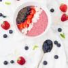 Vegan Berry Smoothie Bowl – Smoothie Bowl με Φράουλες και Μύρτιλλα