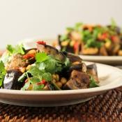 Salad with Eggplants and Fresh Cilantro – Σαλάτα με Μελιτζάνες και Φρέσκο Κόλιανδρο