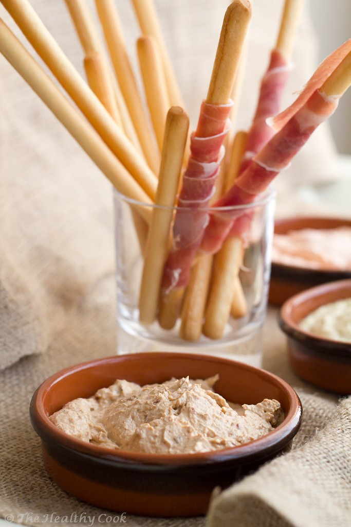 5 Healthy Dips - Sun-dried tomato and garlic dip