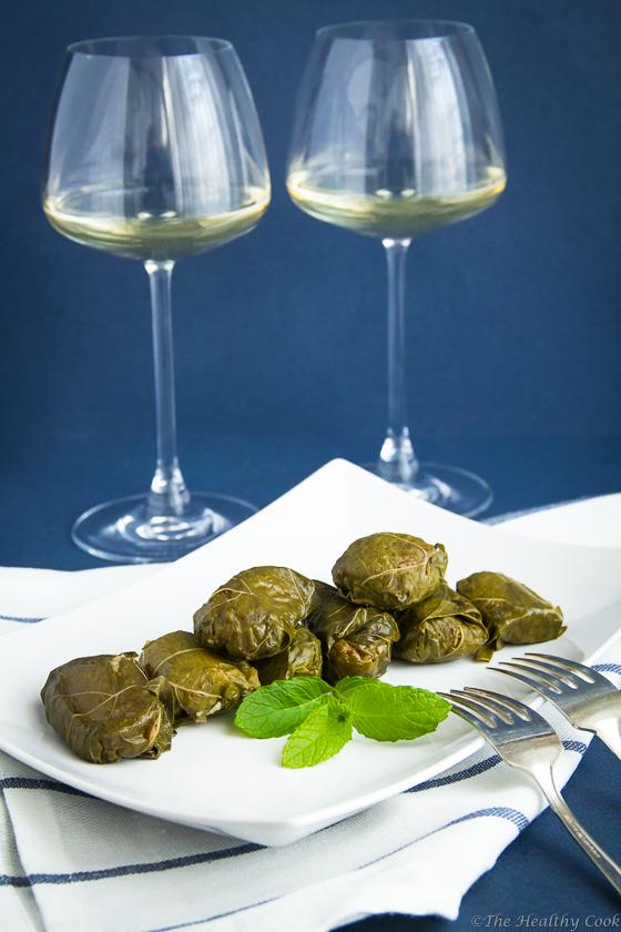 Stuffed Vine Leaves with Bulgur & Cumin – Ντολμαδάκια με Πλιγούρι & Κύμινο