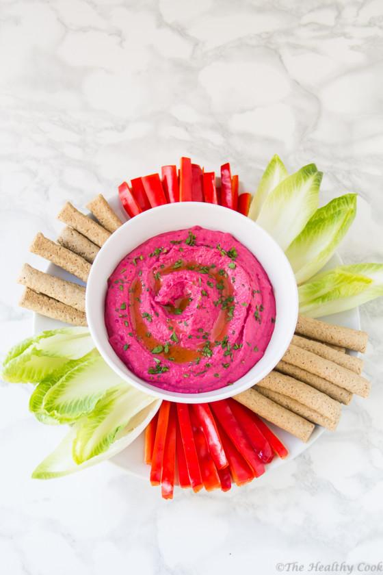 Εντυπωσιακό και πεντανόστιμο χούμους με ψητά παντζάρια και κύμινο - A smooth, delicious roasted beet hummus spiced with cumin
