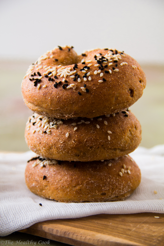 Bagels, εύκολα στρογγυλά ψωμάκια ολικής άλεσης, για το πρωινό ή ένα γρήγορο γεύμα - An easy way to bake whole eheat bagels, for breakfast or a light meal